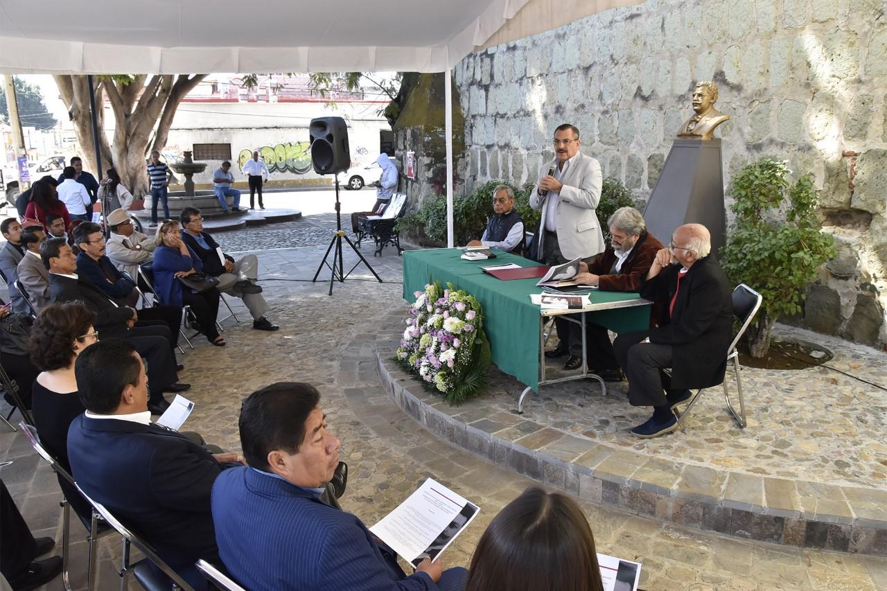Recuerdan legado de Ricardo Flores Magón con la presentación de su vida y obra